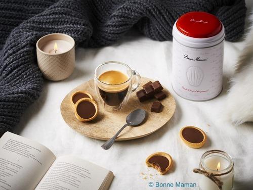 画像2: 【限定品】Bonne Maman ボンヌママン缶入りタルト(チョコレート&キャラメル)